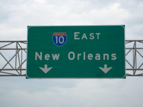 New Orleans road sign